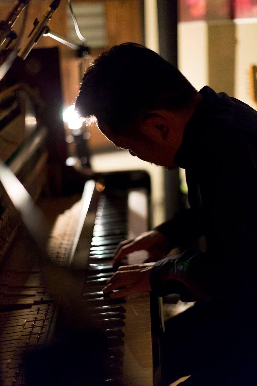 hidetake takayama piano